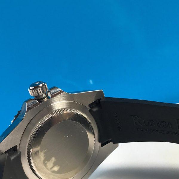 Rolex 116710 batman dây cao su2