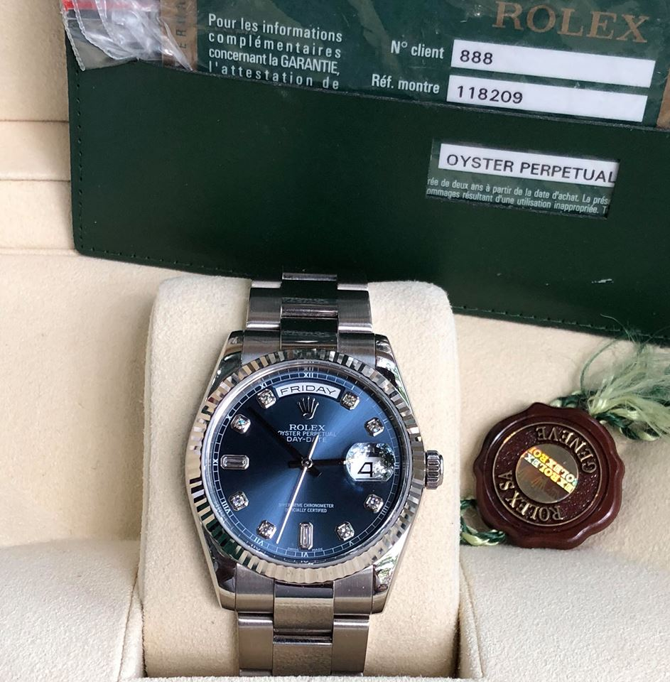 Đồng hồ đeo tay Rolex 118209 day date