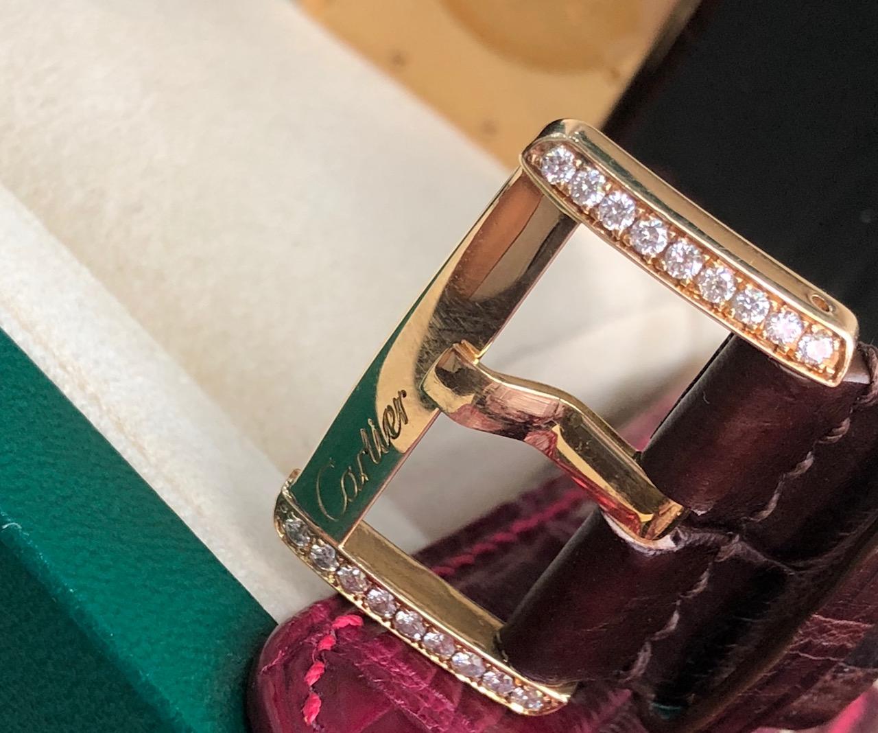 Dong ho deo tay Cartier tank divan