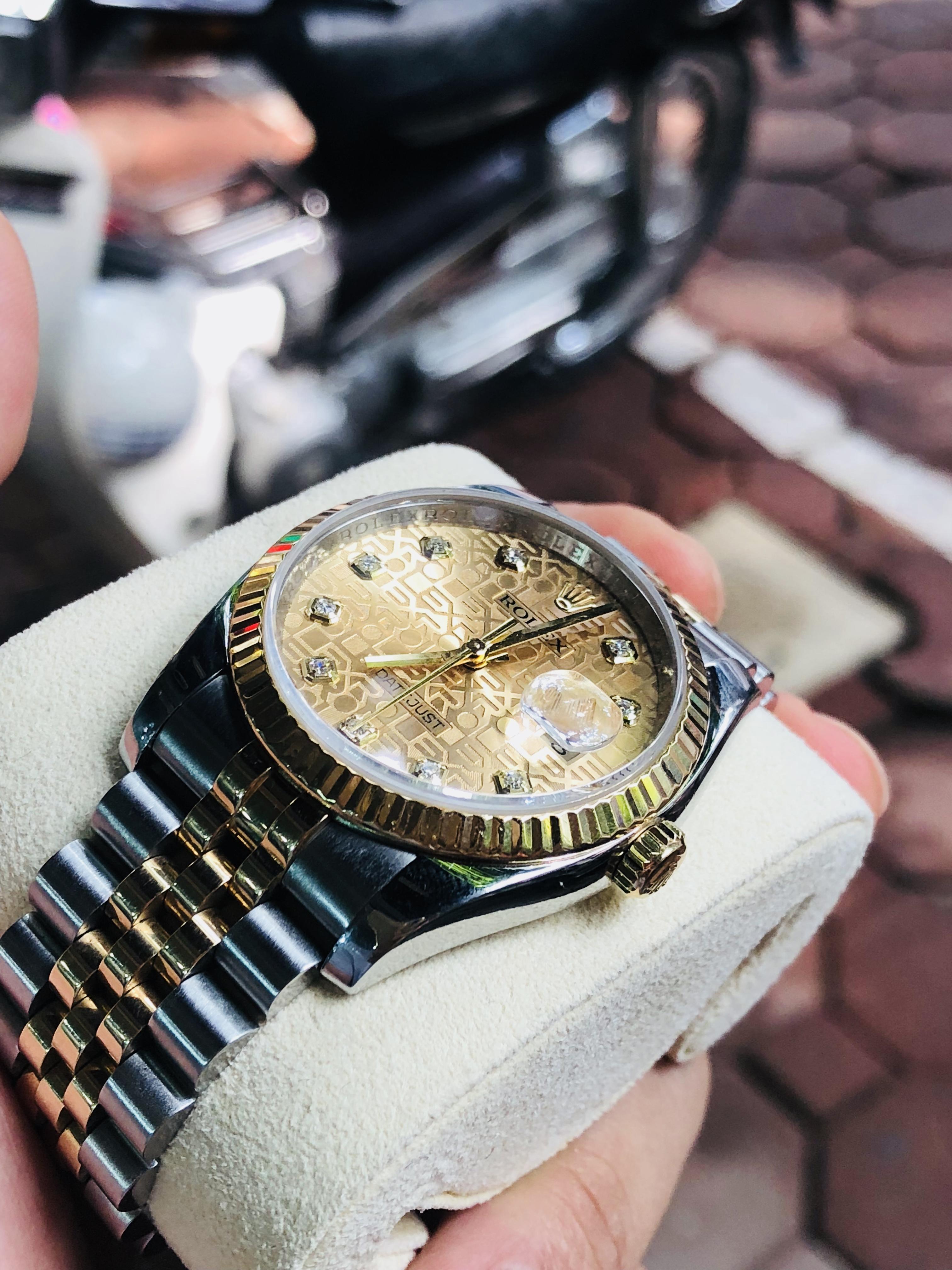 Rolex 116233 mặt vi tính sản xuất năm 2012