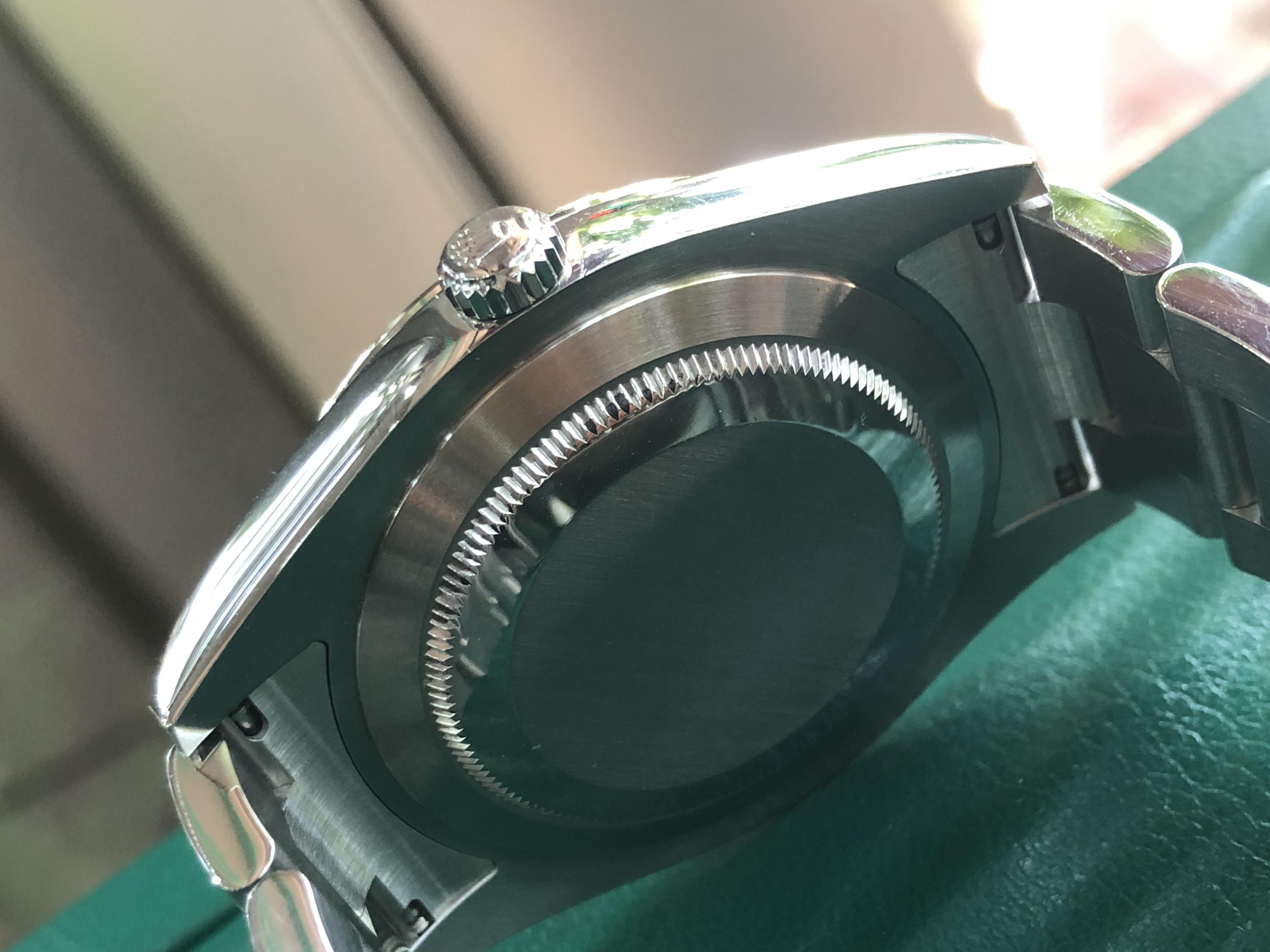 Rolex 116334 mặt sám đen demi vàng trắng đời 2016/2017