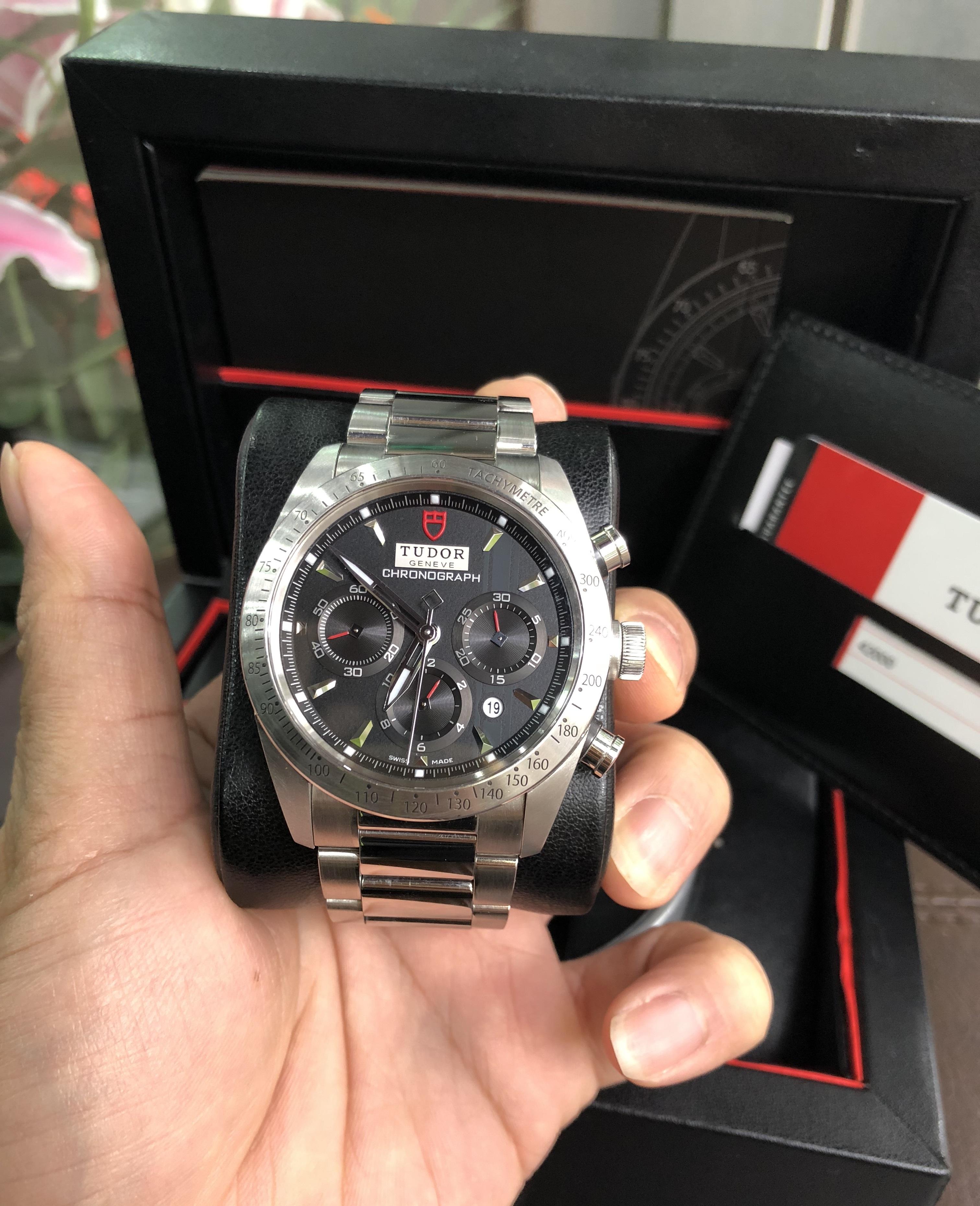 Tudor Fastrider Chronograph 42000 mặt đen fullbox