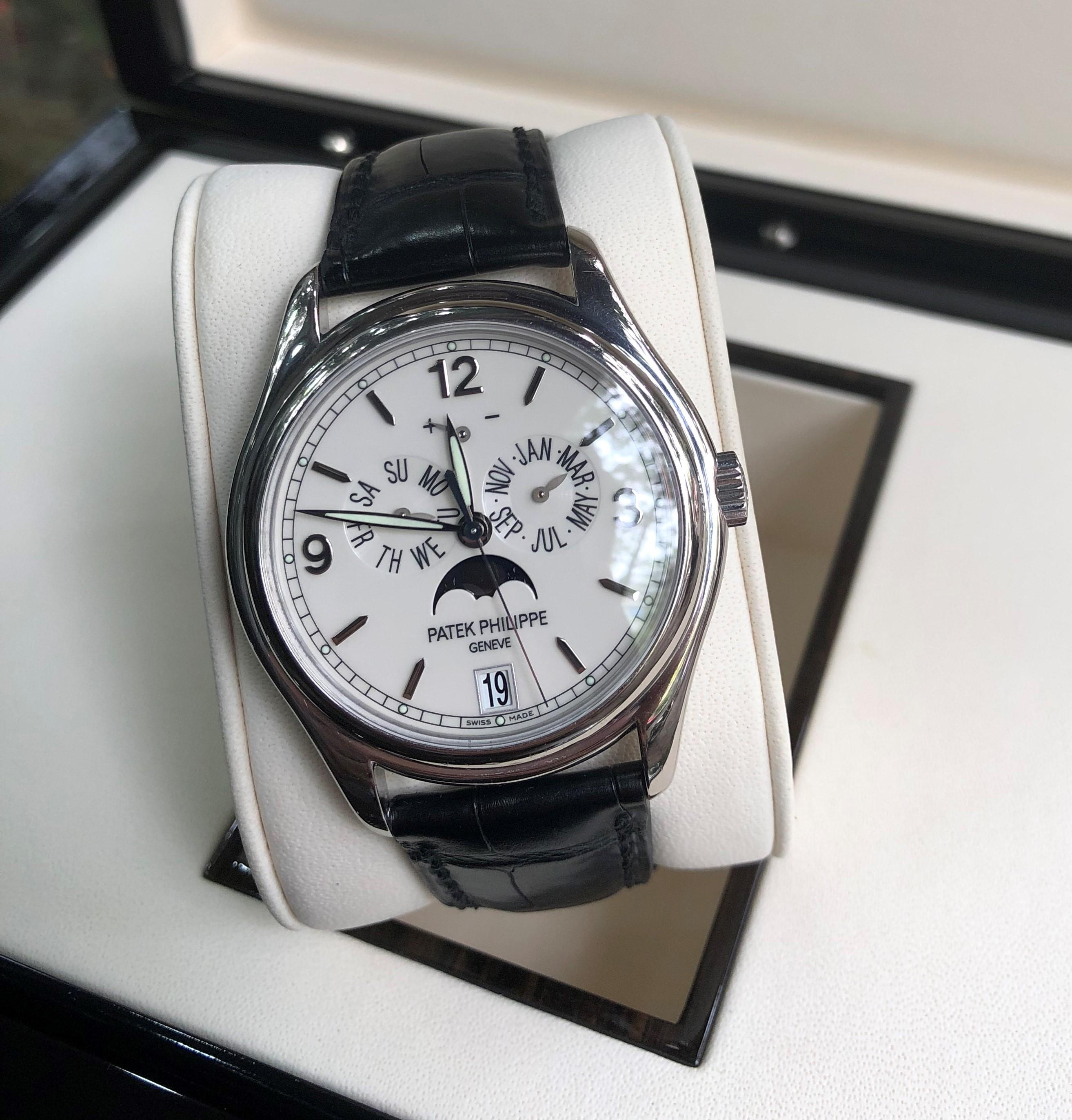 Đồng hồ Patek philippe 5146G-001