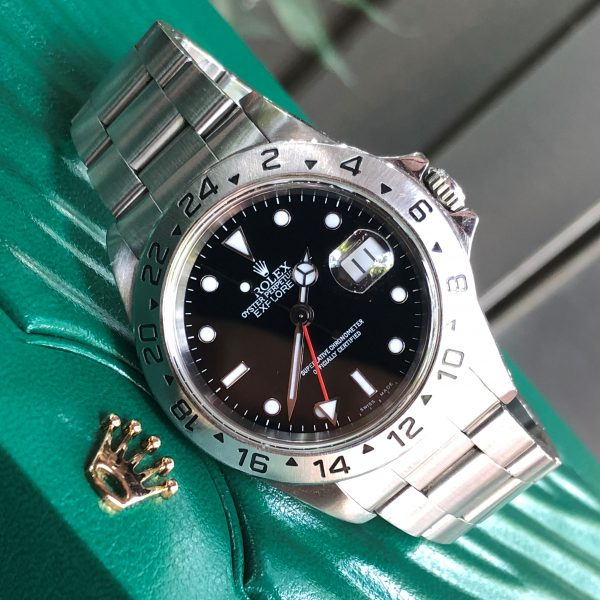 rolex-explorer-16750-mat-den-thep-904l-chuc-nang-gmt-size-40mm