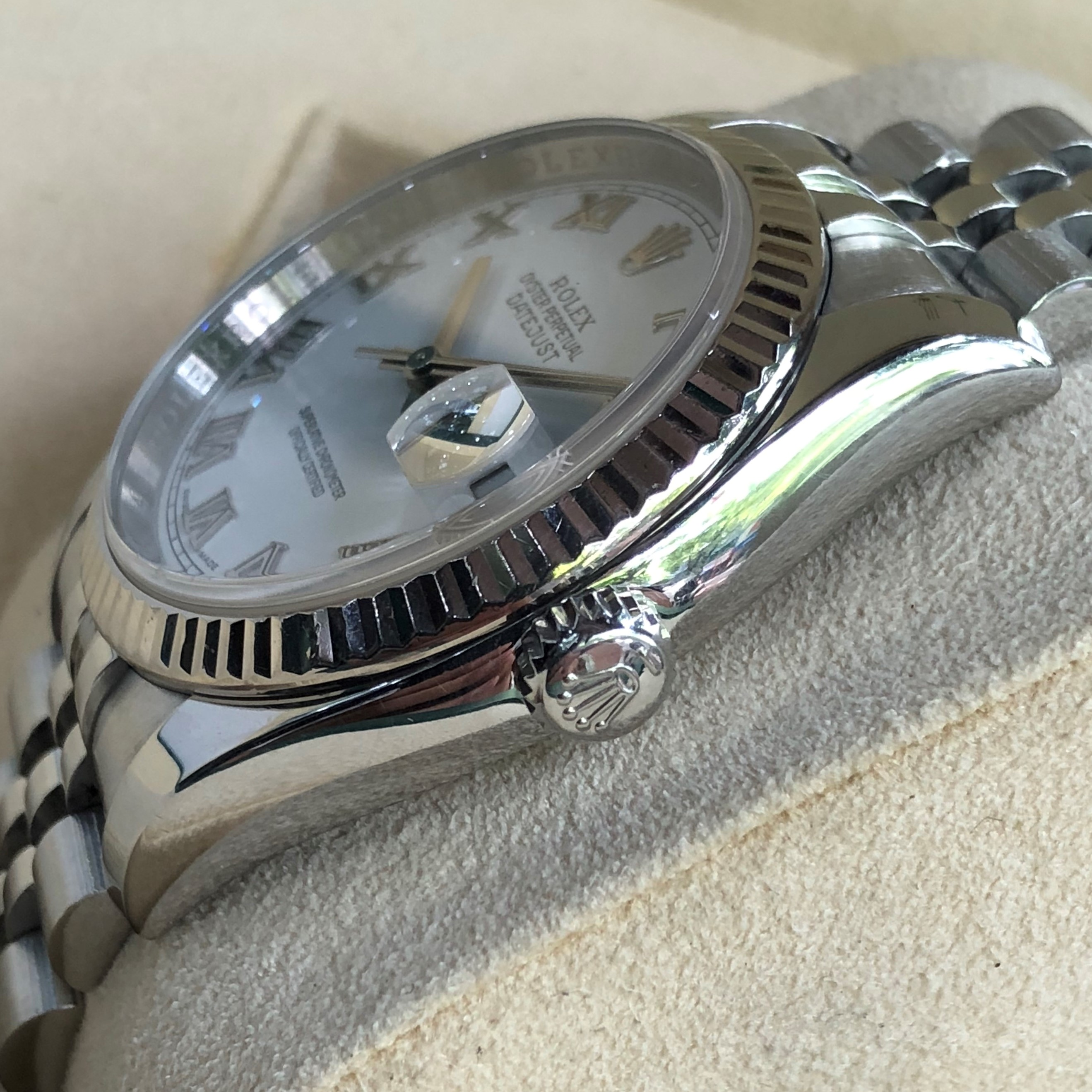 Rolex Datejust 116234 mặt trắng men niềng vàng trắng 18k đời 2008