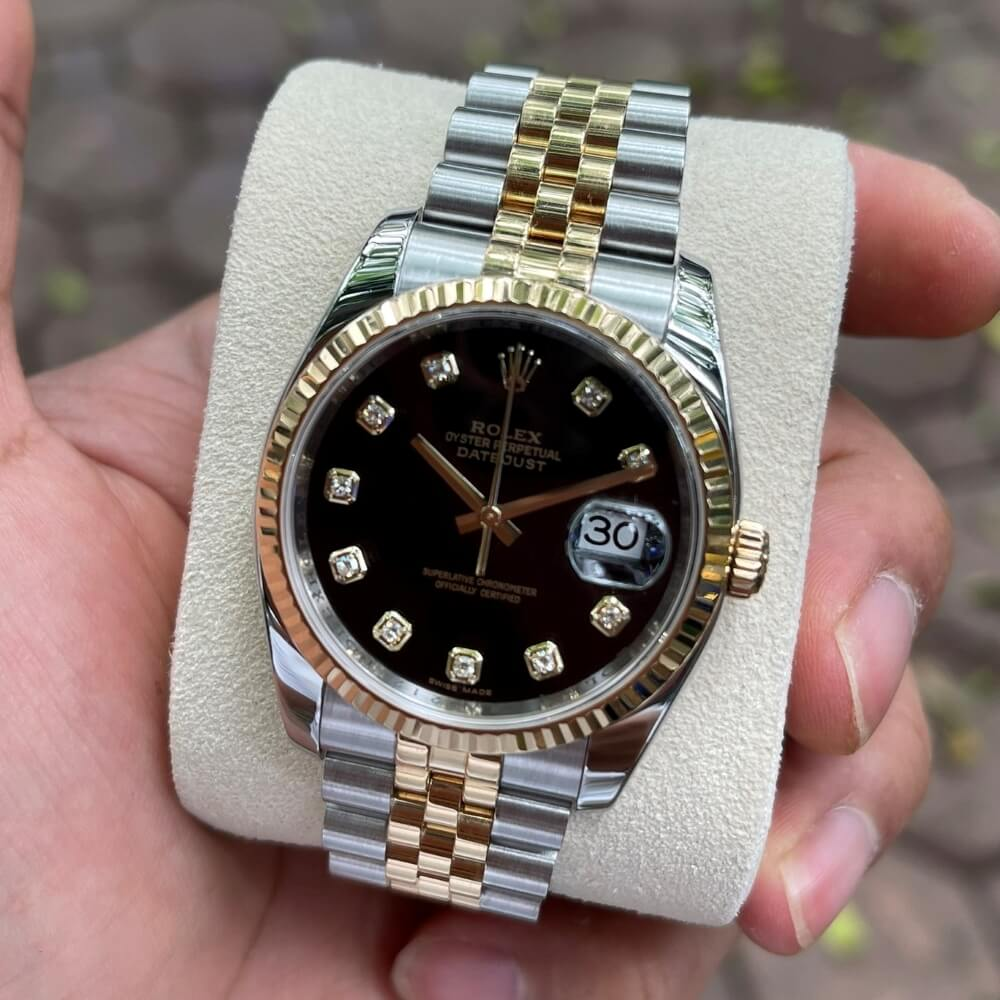 Dong-ho-Rolex-Datejust-116233-Mat-den-Coc-so-Diamond-Demi-vang-18k